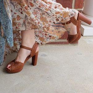 Chloe Platform Heels